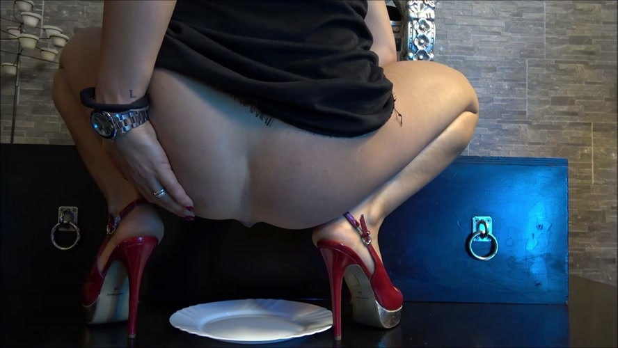 Andrea, be my toilet - FullHD 1920x1080 - With Actress: Mistress Gaia [315 MB] (2018)