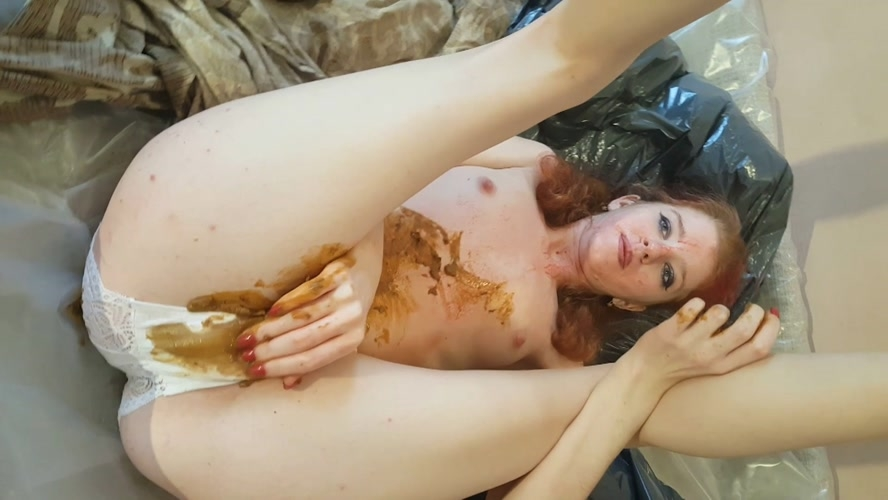 Christmas Shitty Massacre. Part 1 - FullHD 1920x1080 - With Actress: Aria  [1.75 GB] (2019)