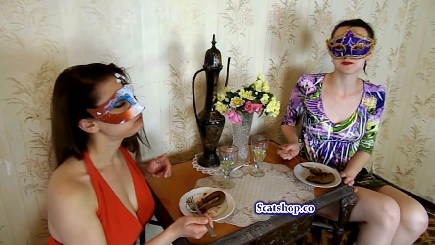 Carolina and Alice eat their poop - FullHD 1920x1080 - With Actress: ModelNatalya94 [1.19 GB] (2019)
