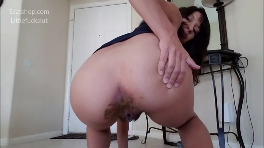Poop Accident in My Yoga Pants - FullHD 1920x1080 - With Actress: littlefuckslut [631 MB] (2019)