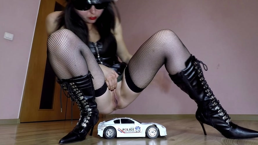 Police Toy Car Crush - FullHD 1920x1080 - With Actress: janet [982 MB] (2020)