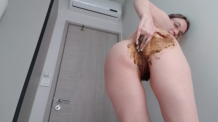 Chocolate Dream - UltraHD/2K 2560x1440 - With Actress: LittleMissKinky  [1.24 GB] (2020)
