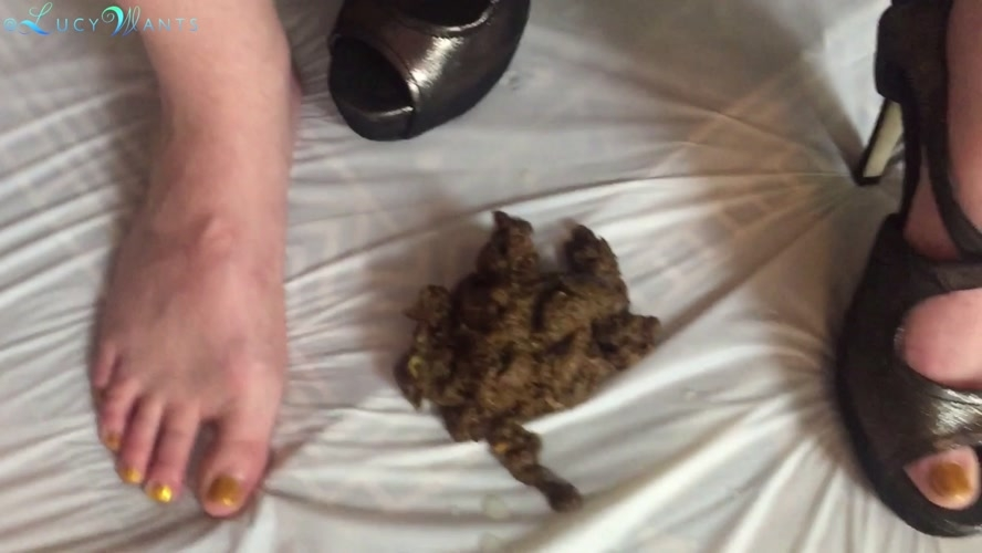 Shit in high heel stiletto sandals - FullHD 1920x1080 - With Actress: goddesslucy  [1.48 GB] (2020)