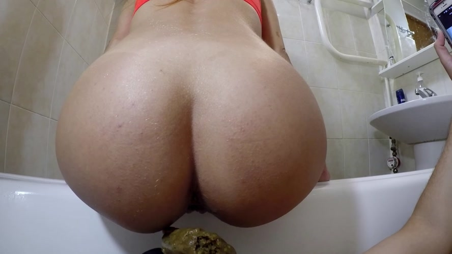 My Disgusting Stinky Toilet - UltraHD/2K 2560x1440 - With Actress: marcos579  [1.23 GB] (2020)