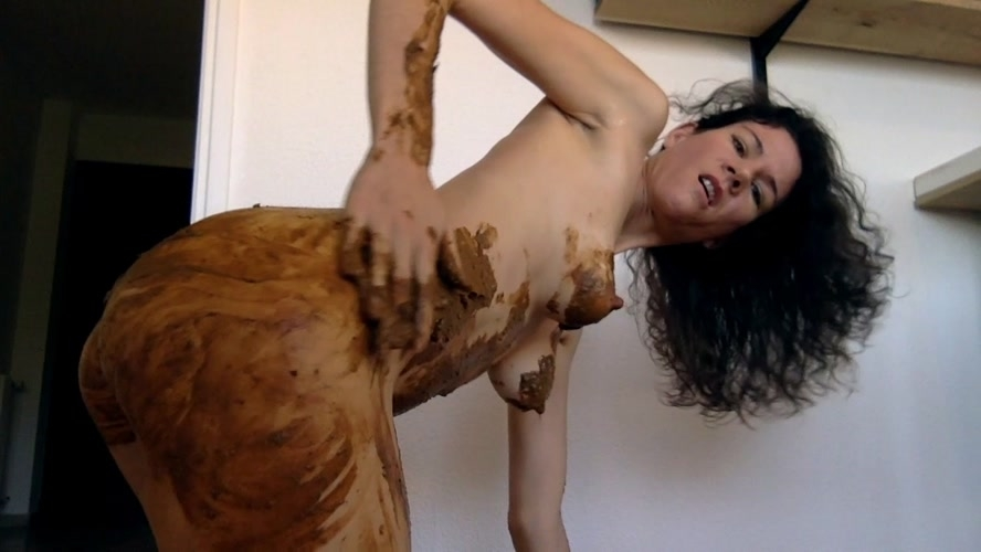 Playing poo and pee - HD 1280x720 - With Actress: nastymarianne  [809 MB] (2020)